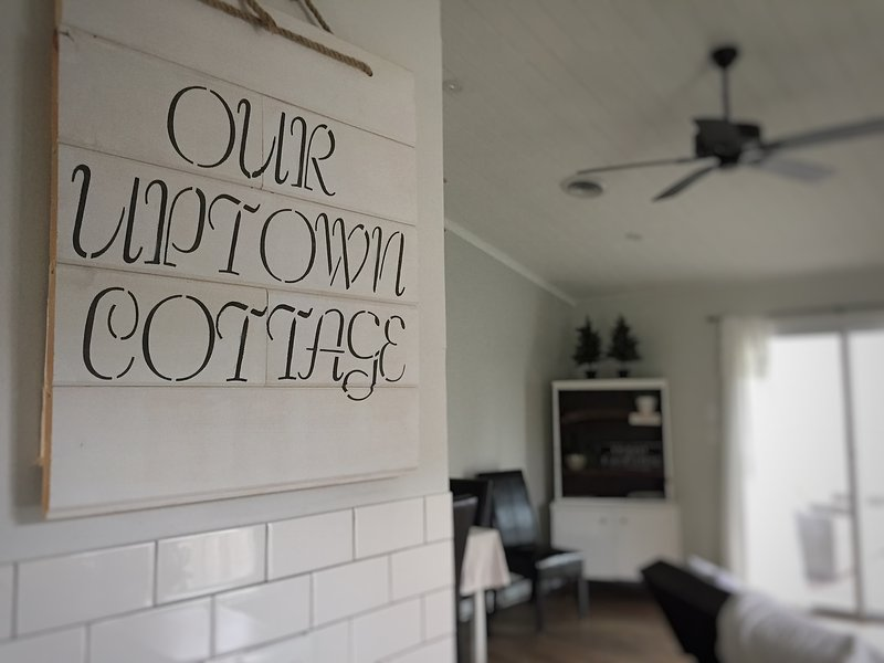 Uptown Cottage, holiday rental in Frederick