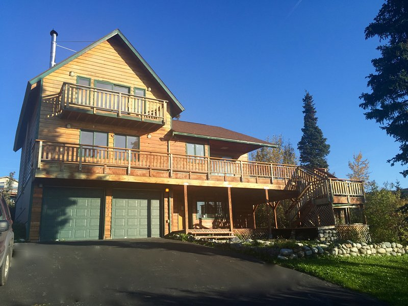 Mountain Chalet with Sweeping Inlet and Mountain Views, holiday rental in Anchorage