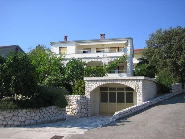 Apartment Marino 2+1,full equipped appartmants,private parking,terrace,sea view, casa vacanza a Donji Zagon