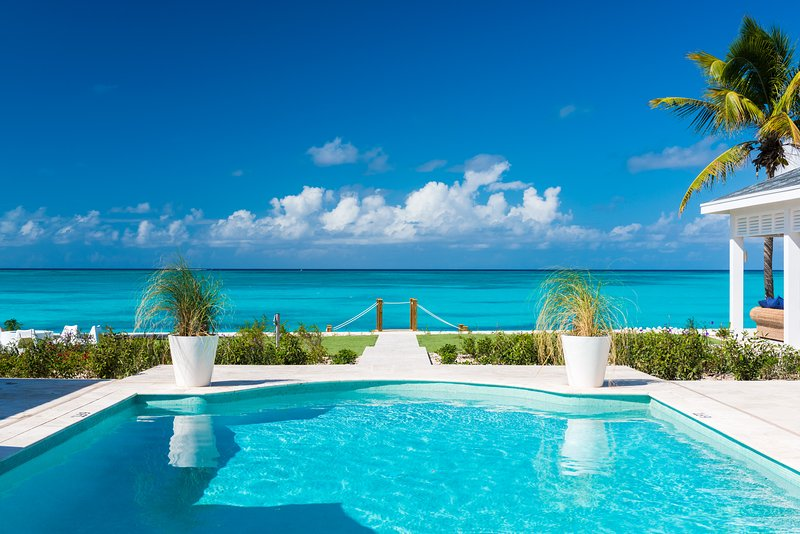 Milestone Grace Bay Beach Luxury Villa, holiday rental in Grace Bay