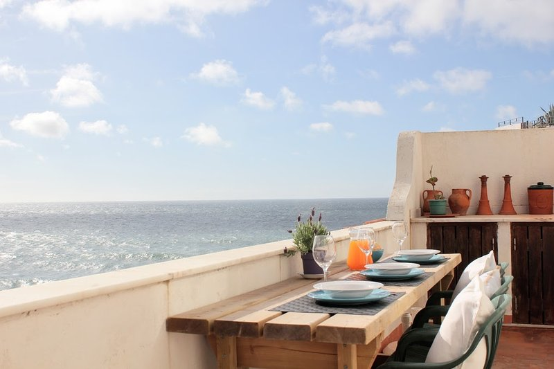 The famous balcony with incredible view to the Atlantic Ocean (just 50m below us)