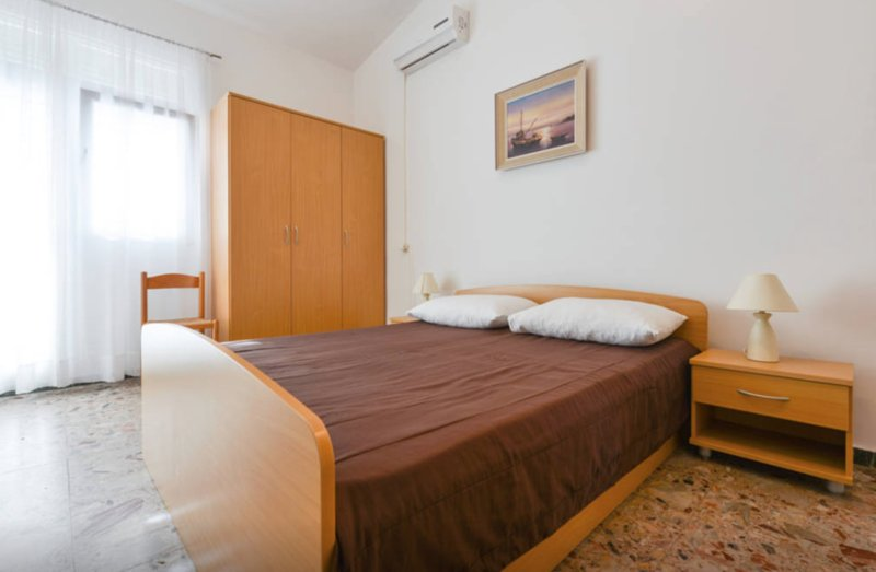 Apartment ANDI Punta Skala [4p] ☆☆☆ 30m to sea, holiday rental in Petrcane
