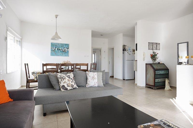 estupendo duplex totalmente renovado y equipado, alquiler de vacaciones en Mevaseret Zion