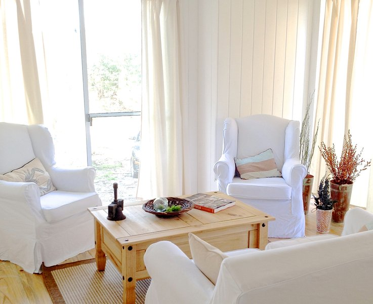 Chic Beach Cottage in Jose Ignacio 4 bedrooms- 3 bath, holiday rental in Maldonado Department