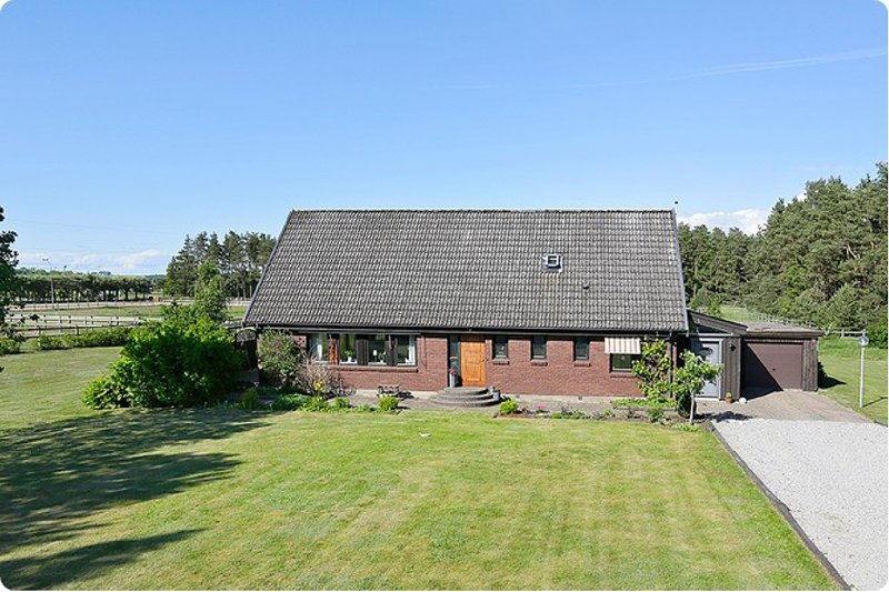 Large Peaceful House in the Swedish Countryside, vacation rental in Lund