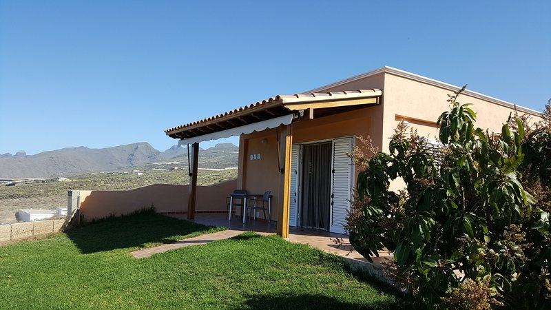 BUDA HOUSE, holiday rental in Alcala