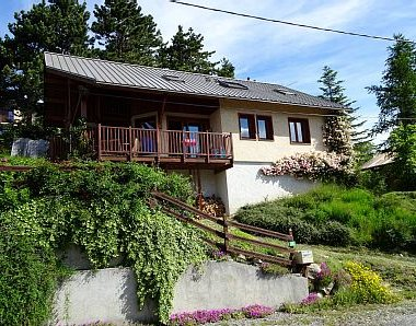 Le Chalet des Glycines, holiday rental in Crots