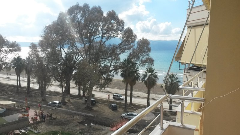 Albi Apartament One, location de vacances à Orikum