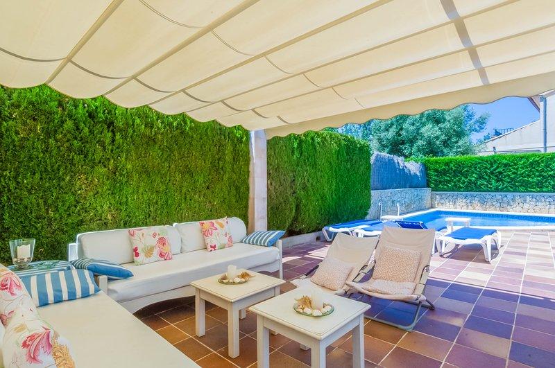 SES ÀNCORES - Villa for 6 people in Sa Coma (Sant Llorenç des Cardassar), aluguéis de temporada em Sa Coma