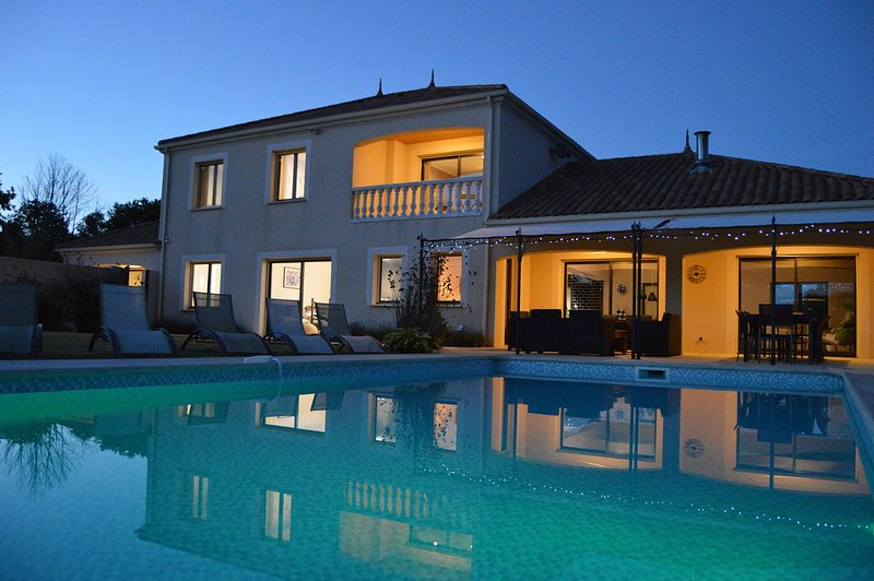 Luxury Vendee Villa, holiday rental in Vouvant