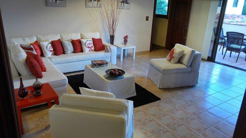 Sunny Retreat In Casa de Campo., vacation rental in Cumayasa
