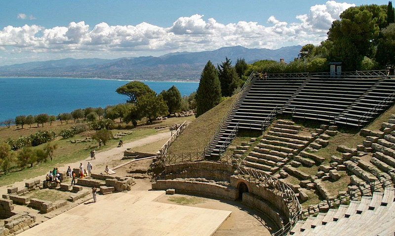 Tindari teatro grego