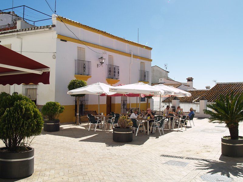 Plaza Santo Nino and Casa Antonia, one of many bars and eateries in Gaucin.