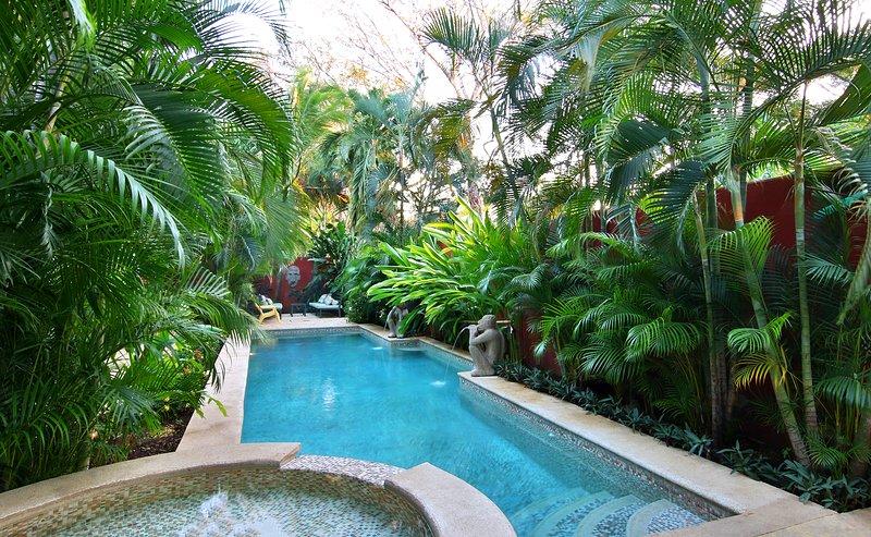 Spa, Pool, Sun Deck