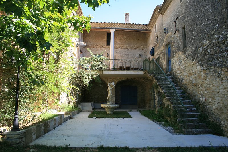 La Belle de Cèze, vacation rental in Goudargues