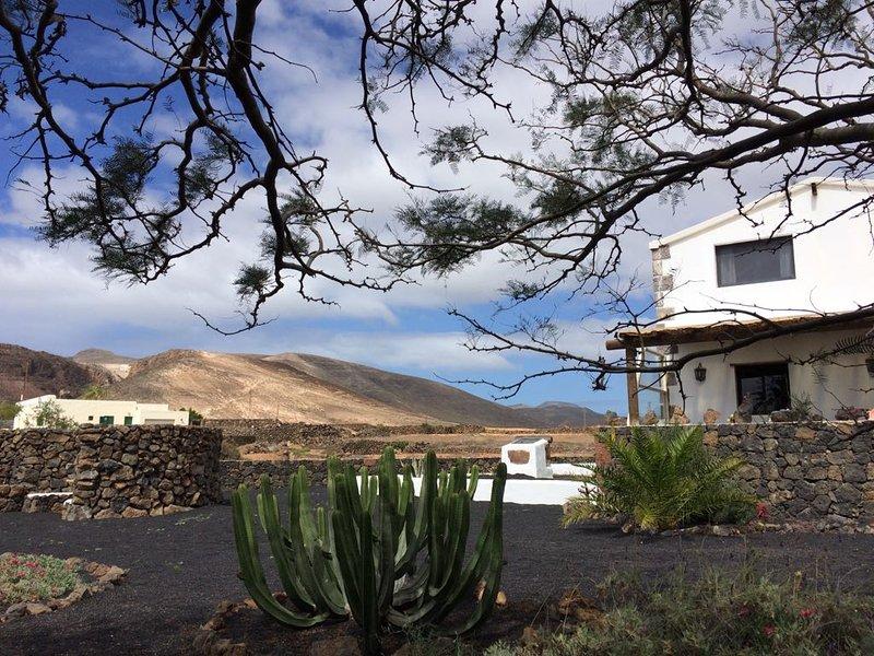 Casa Silencio in Mala ein Kraftplatz der Stille, holiday rental in Arrieta