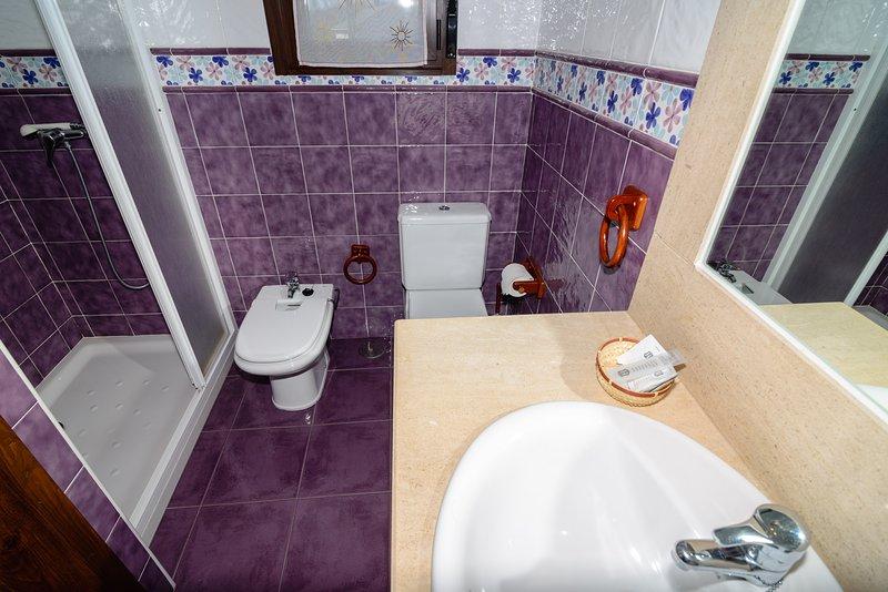 4 bagni casa 10 posti letto