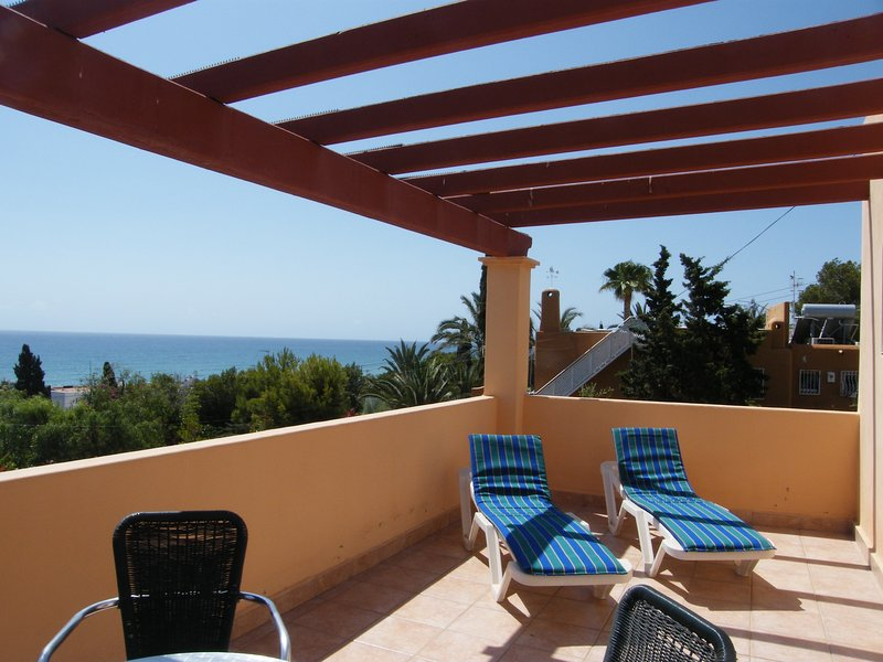 Claravista 2 - Terrace with view to sea