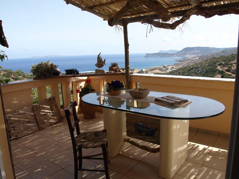 Villa EMMA seaview apt. close to Vai, location de vacances à Zakros