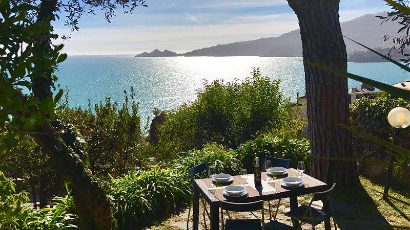 MUSA 4BR-w/Garden Pool Terrace Prkg by KlabHouse, holiday rental in Rapallo