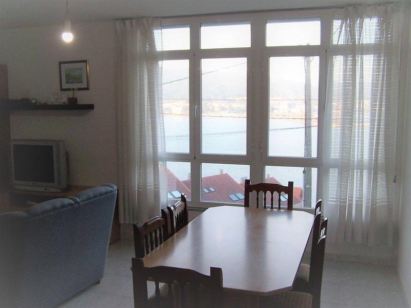 Apartamento carretera faro Cee, Ferienwohnung in Corcubion