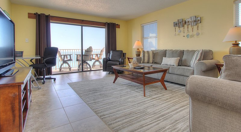 Teeming Vacation Rentals offers amazing views at Sea Breeze 608 in Madeira Beach