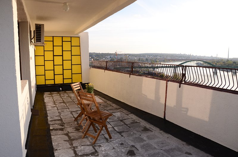 Yellow Duck apartment, holiday rental in Belgrade