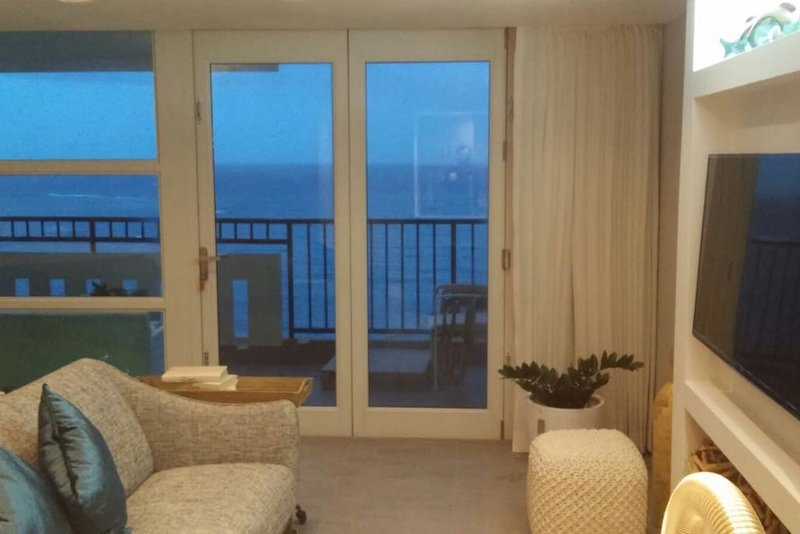 Dollar Car Rental Puerto Rico: Beachfront Jewel 17th Floor Has Wi-Fi And Balcony
