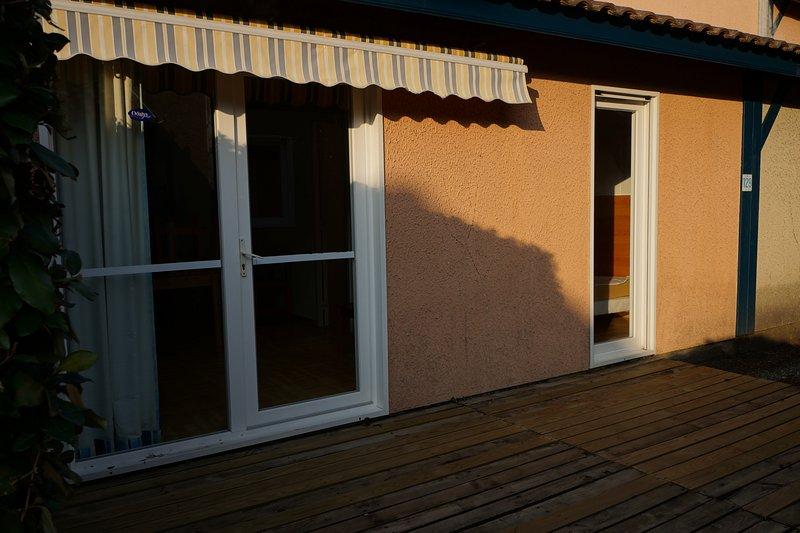 Villas Du Lac 129 - Quality 2 Bed Villa near Surfing Centre of Hossegor, vacation rental in Vieux-Boucau-les-Bains