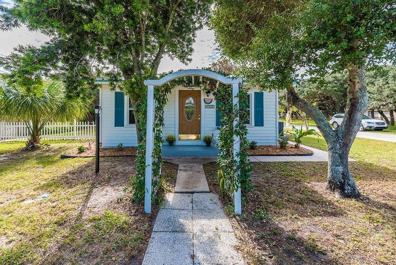 Welcome to Crescent Beach Cottage in St Augustine, FL near Crescent Beach