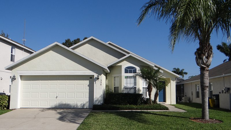 TIVOLI DREAM 4 BEDROOM FAMILY VILLA DISNEY AREA DAVENPORT ORLANDO FLORIDA, holiday rental in Davenport