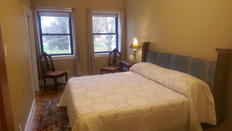 Executive Suites on Historic Courthouse Square, alquiler de vacaciones en Nauvoo