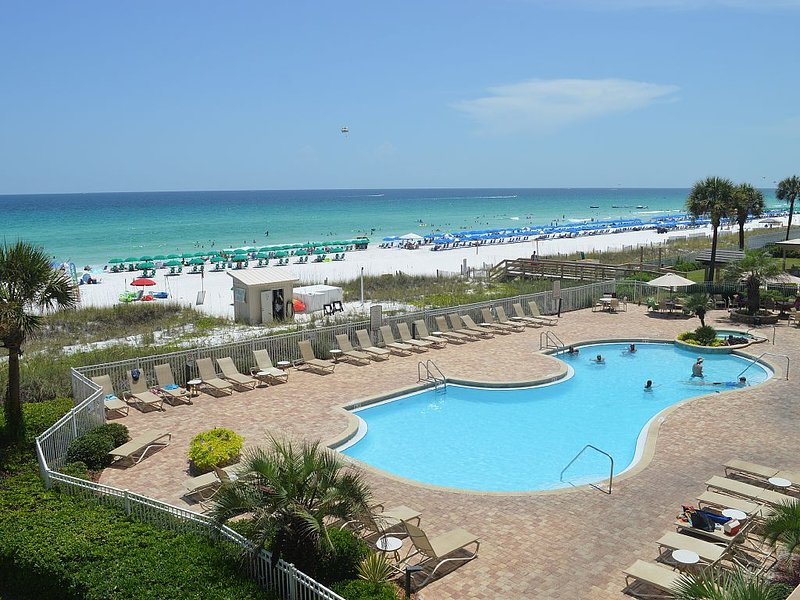 Pool and Beach Pic from condo!