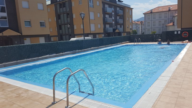 APARTAMENTO VAL DE SAN VICENTE, vacation rental in Santander