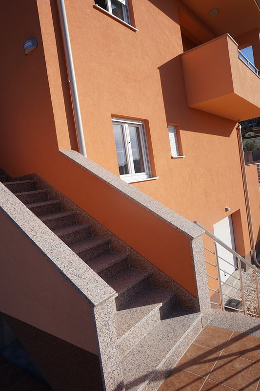 Tomena apartments , next to the beach, 8 minute walking distance from the center!