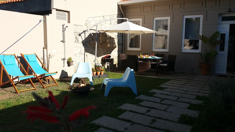 Blue Garden - oporto charming townhouse, holiday rental in Ermesinde