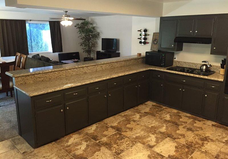 Kitchen - 12ft Countertop Bar