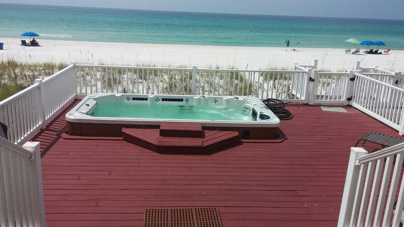 Cotton Sails - On the Beach - Private SwimSpa - Beautiful!!!, holiday rental in Panama City Beach
