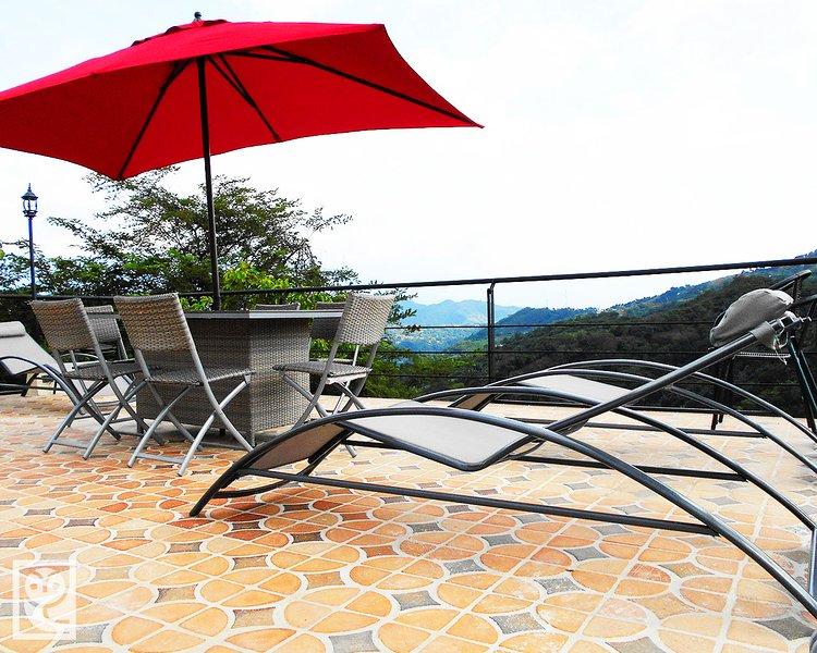 Terraza piscina + vista