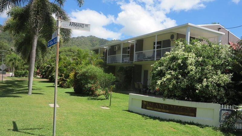 Island Magic -  Townhouse No.1, holiday rental in Arcadia