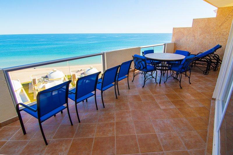 Spectacular 2 Bedroom Condo on Sandy Beach at Las Palmas Resort  G-703, location de vacances à Puerto Penasco