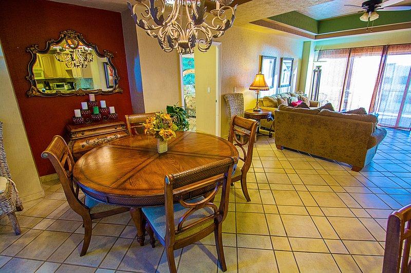 Comedor, Interior, Habitación, Muebles, Mesa de comedor