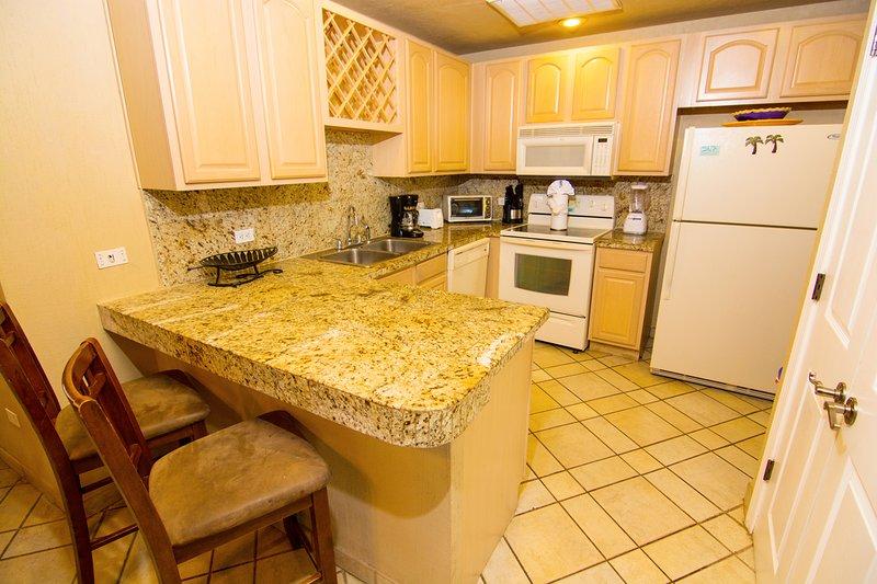Interior, cocina, sala, mesa de comedor, muebles