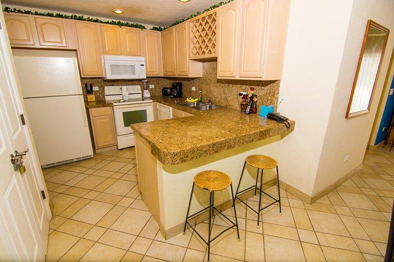 Microwave, Oven, Fridge, Refrigerator, Indoors