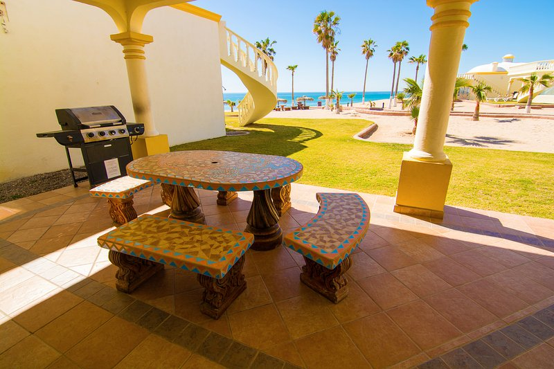 Architecture,Hotel,Resort,Dining Table,Furniture