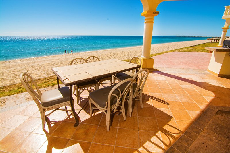 Mesa de comedor, Muebles, Mesa, Playa, Costa