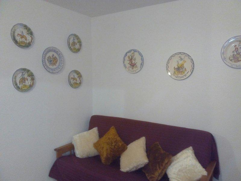 Lounge, sofa bed 1,40m