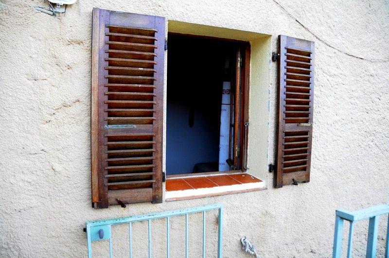 Nice apartment with terrace, location de vacances à Zilia