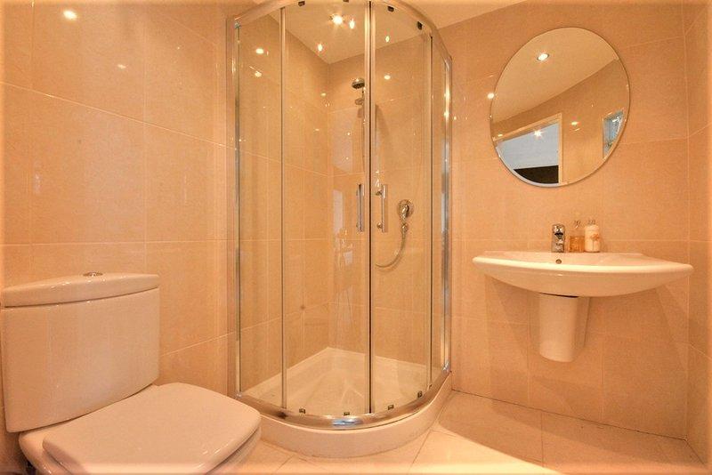 Dusche en-suite 1