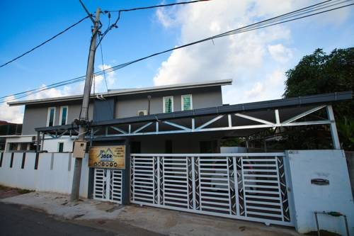 JACK GUEST HOUSE, holiday rental in Kota Bharu